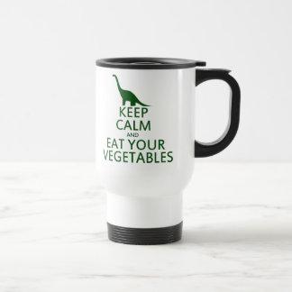 Guarde la calma y coma sus verduras taza de viaje