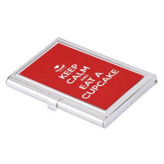 Guarde la calma y coma un rojo de la magdalena cajas de tarjetas de negocios