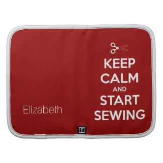 Guarde la calma y comience a coser rojo organizadores