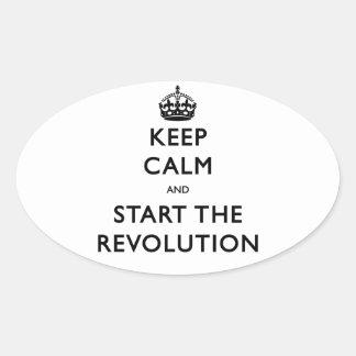 Guarde la calma y comience la revolución pegatina ovalada