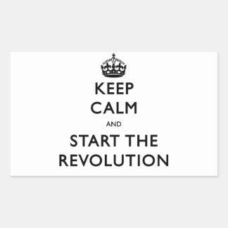 Guarde la calma y comience la revolución pegatina rectangular