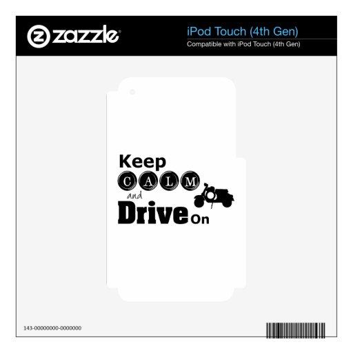 Guarde la calma y conduzca encendido calcomanía para iPod touch 4G