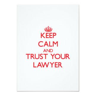 Guarde la calma y confíe en a su abogado invitaciones personales