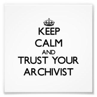 Guarde la calma y confíe en a su archivista