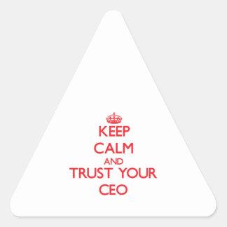 Guarde la calma y confíe en a su CEO Calcomanías Triangulos Personalizadas
