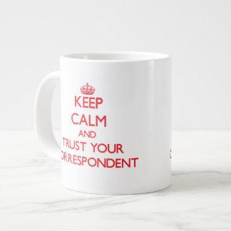 Guarde la calma y confíe en a su correspondiente taza extra grande