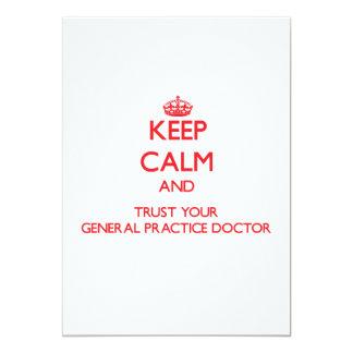 Guarde la calma y confíe en a su doctor de la invitaciones personales