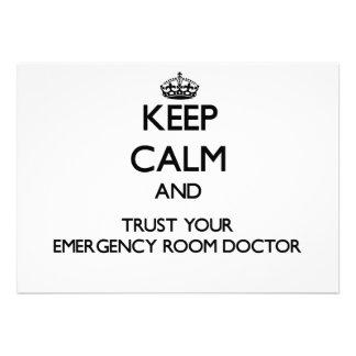 Guarde la calma y confíe en a su doctor de la sala comunicados personalizados