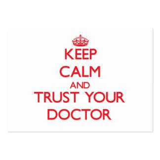 Guarde la calma y confíe en a su doctor tarjetas de visita grandes