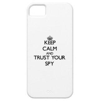 Guarde la calma y confíe en a su espía iPhone 5 carcasa