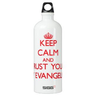 Guarde la calma y confíe en a su evangelista de la