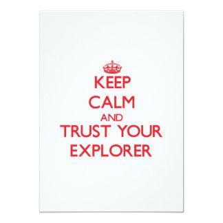 Guarde la calma y confíe en a su explorador comunicados personalizados