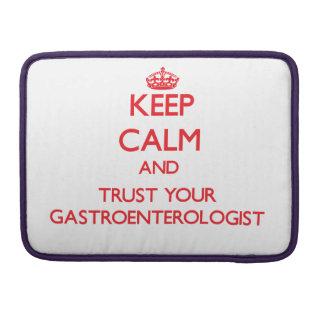 Guarde la calma y confíe en a su gastroenterólogo funda para macbook pro