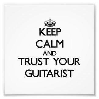Guarde la calma y confíe en a su guitarrista arte fotografico