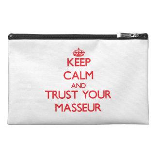Guarde la calma y confíe en a su masajista