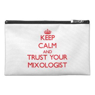 Guarde la calma y confíe en a su Mixologist