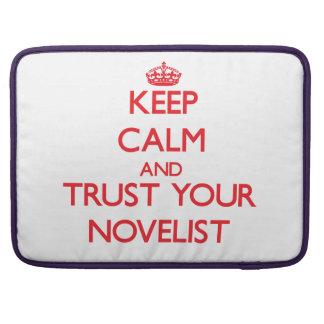 Guarde la calma y confíe en a su novelista fundas para macbook pro