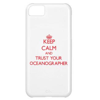 Guarde la calma y confíe en a su oceanógrafo