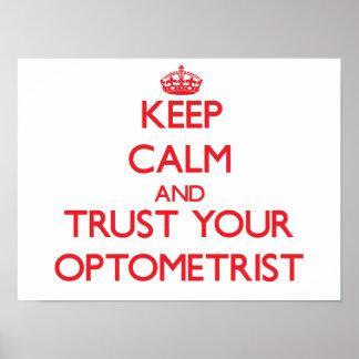 Guarde la calma y confíe en a su optometrista póster