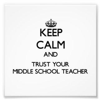 Guarde la calma y confíe en a su profesor de escue impresión fotográfica