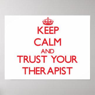 Guarde la calma y confíe en a su terapeuta