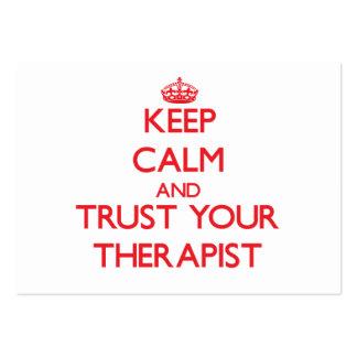 Guarde la calma y confíe en a su terapeuta tarjetas de visita grandes