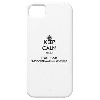 Guarde la calma y confíe en a su trabajador del iPhone 5 Case-Mate protector