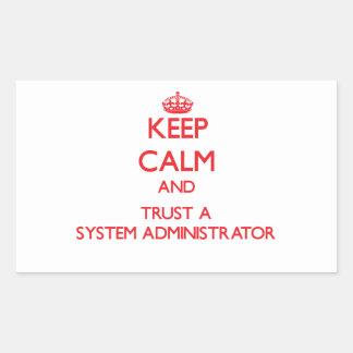 Guarde la calma y confíe en a un administrador de rectangular altavoz
