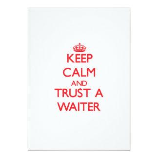 Guarde la calma y confíe en a un camarero invitación 12,7 x 17,8 cm