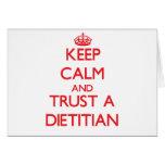 Guarde la calma y confíe en a un dietético tarjetón