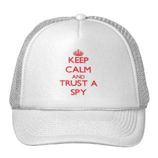Guarde la calma y confíe en a un espía gorros