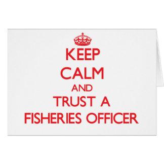 Guarde la calma y confíe en a un oficial de las in tarjeta de felicitación