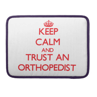 Guarde la calma y confíe en a un ortopedista fundas para macbook pro