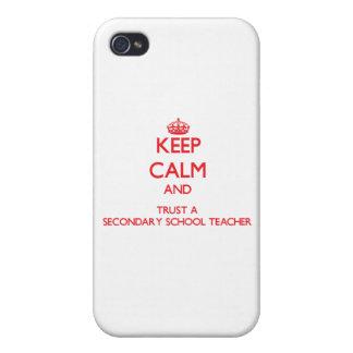 Guarde la calma y confíe en a un profesor de escue iPhone 4 carcasa