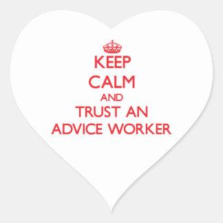 Guarde la calma y confíe en a un trabajador del co colcomanias corazon