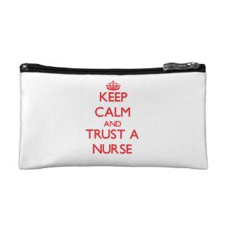 Guarde la calma y confíe en a una enfermera