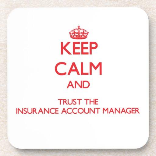 Guarde la calma y confíe en al administrador de cu posavaso