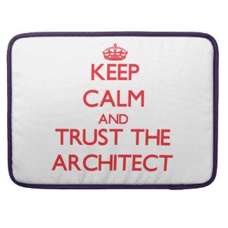 Guarde la calma y confíe en al arquitecto fundas para macbook pro