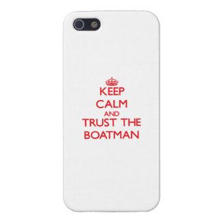 Guarde la calma y confíe en al barquero iPhone 5 carcasas