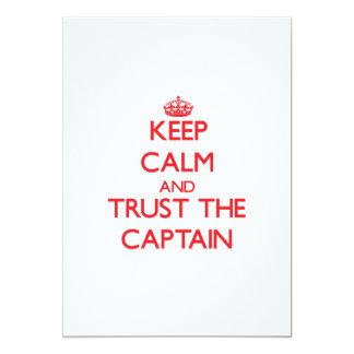 """Guarde la calma y confíe en al capitán invitación 5"""" x 7"""""""