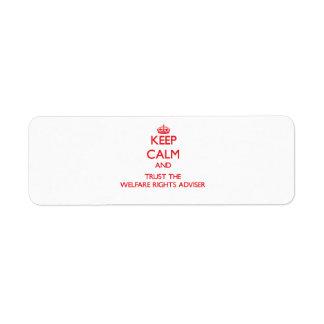 Guarde la calma y confíe en al consejero de las de etiqueta de remite