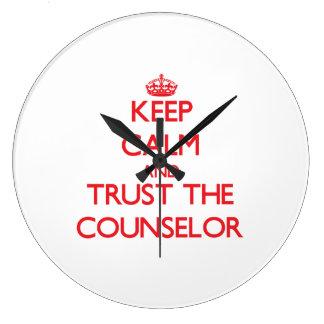 Guarde la calma y confíe en al consejero relojes