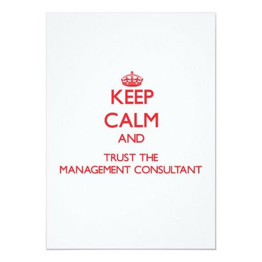 Guarde la calma y confíe en al consultor en invitación 12,7 x 17,8 cm