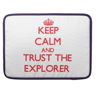 Guarde la calma y confíe en al explorador fundas macbook pro