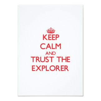 Guarde la calma y confíe en al explorador comunicado personalizado