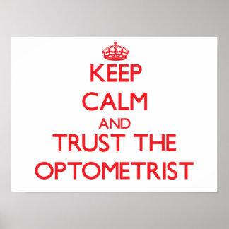 Guarde la calma y confíe en al optometrista póster
