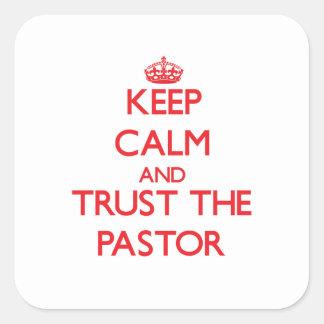 Guarde la calma y confíe en al pastor colcomanias cuadradases