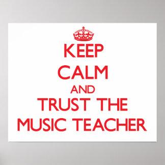 Guarde la calma y confíe en al profesor de música poster