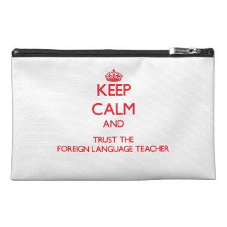 Guarde la calma y confíe en al profesor del idioma