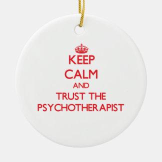 Guarde la calma y confíe en al psicoterapeuta adorno